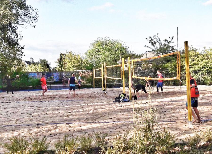Beachvolleyball im Sand der Weltmeister